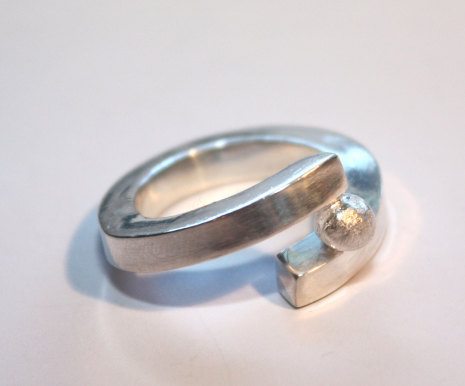 Silverring i läcker design